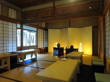 160303爲三郎記念館⑦、桃の節句茶席(ひさごの間) (コピー).JPG