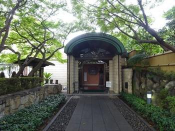160916桑山美術館③、アプローチと玄関 (コピー).JPG