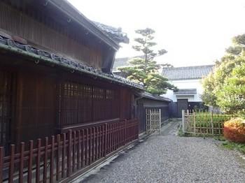 161106津島探訪お茶室ロード31、堀田家住宅 (コピー).JPG