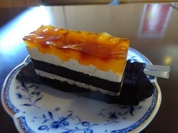 170213支留比亜岐阜領下店④、リンゴとキャラメルのケーキ (コピー).JPG