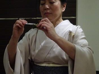 170413女将塾「愛される所作~桜色の会」31、粽の葉といがらの後始末 (コピー).JPG