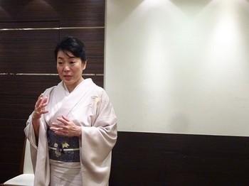 170413椿の会x女将塾「愛される所作~桜色の会」08 (コピー).JPG