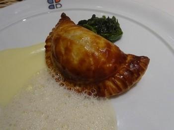 170423ポール・ボキューズ名古屋⑦、合挽き肉のパイ包み焼き (コピー).JPG