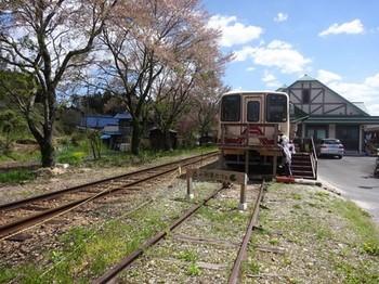 170428山岡駅かんてんかん⑤、森の列車カフェ (コピー).JPG