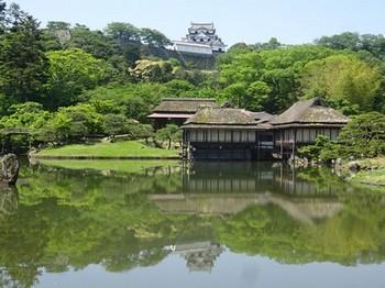 170520玄宮園②、臨池閣と彦根城 (コピー).JPG