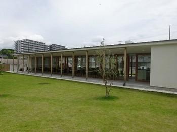 170525サングラム⑤、庭園から見るカフェ (コピー).JPG