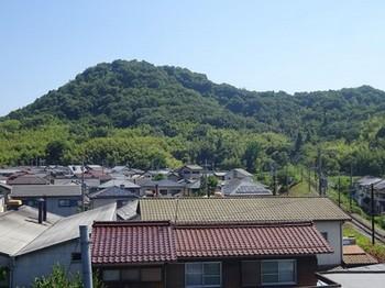 170619湖東焼の彦根めぐり02、佐和山(茶碗山) (コピー).JPG