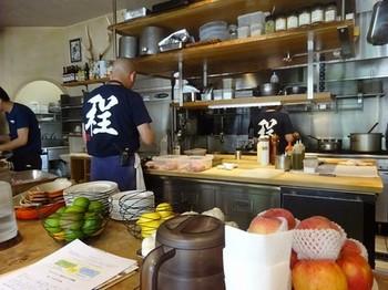 170801イノーヴェ③、オープンキッチン (コピー).JPG