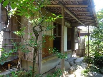 170831旧糟谷邸19、庭園(茶室) (コピー).JPG