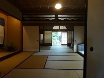 170901中山道ひし屋資料館⑤、店座敷より中座敷、座敷を見る (コピー).JPG