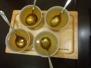 s_170926深緑茶房「お茶教室」⑥、ほうじ茶飲み比べ(抽出温度).JPG