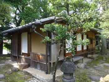 s_171011慶雲館07、茶室「恵露庵」.JPG