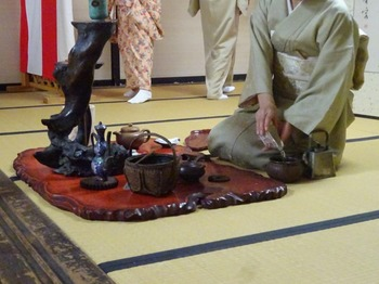 s_171103豊川市秋の市民茶会⑨、煎茶道売茶流席.JPG