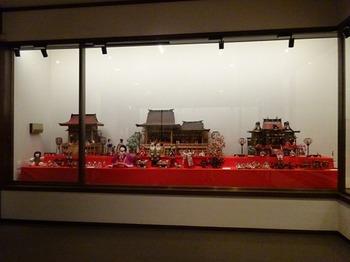 s_180301彦根城博物館06、展示室1「企画展「雛と雛道具」).JPG