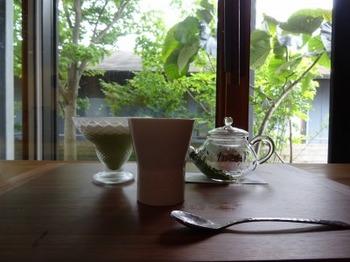 s_180621お茶の間のおと②、春野産「香駿」(浅蒸し)と抹茶ブランマンジェ.JPG