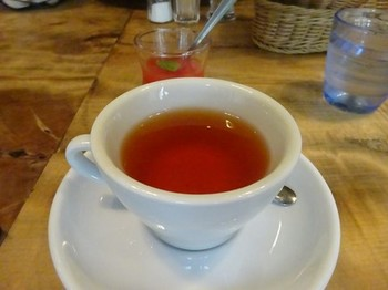 170803イノーヴェ⑥、紅茶とプティデセール (コピー).JPG