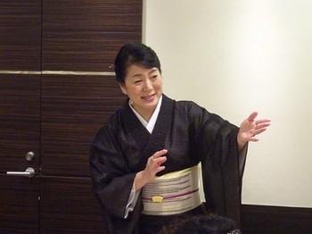 170817女将塾「愛される所作~黄色の会」03 (コピー).JPG