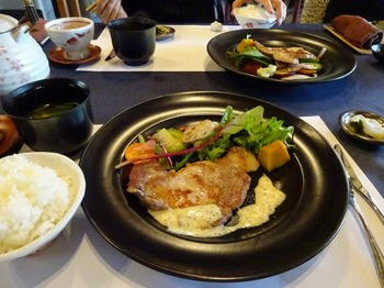 s_180420創作和料理「葉菜」⑥、ポークステーキ.JPG