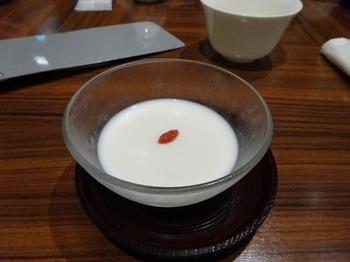 s_180609南翔饅頭店名古屋⑩、南翔ランチ(杏仁豆腐).JPG