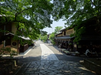 s_180625今宮神社⑥、東門参道.JPG