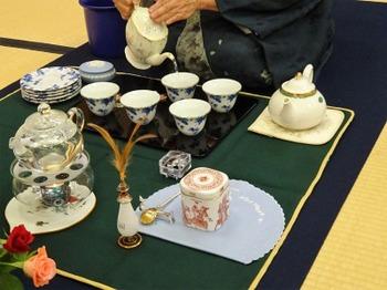 s_181028全日煎第60回煎茶大会32、松月流紅茶席.JPG