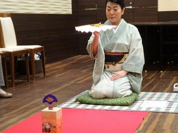 s_181212女将塾「愛される所作~常盤色の会」10.JPG