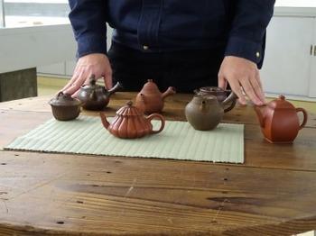 s_181223とこなめ陶の森陶芸研究所11、ギャラリートーク前半.JPG
