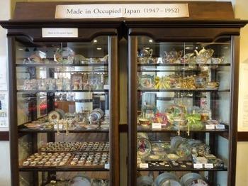 s_190117文化のみちあるき07、名古屋陶磁器会館(占領下時代に輸出した作品).JPG