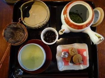 s_190419日本茶専門店はおと06.JPG