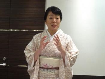 s_190703女将塾「愛される所作~うす桃色の会」05.JPG